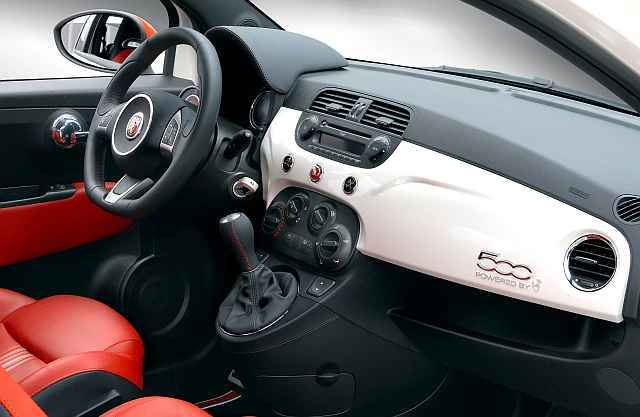 der fiat 500 abarth im test auto. Black Bedroom Furniture Sets. Home Design Ideas
