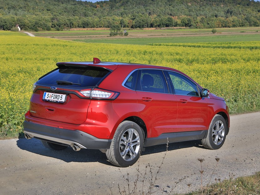 Ford edge 2 0 tdci 210 ps at awd titanium testbericht 033