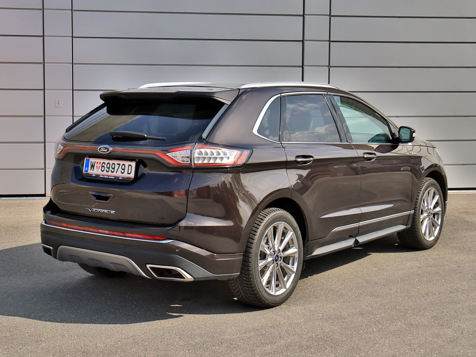 foto ford edge vignale 2 0 tdci 210 ps at awd testbericht vom artikel ford edge vignale. Black Bedroom Furniture Sets. Home Design Ideas