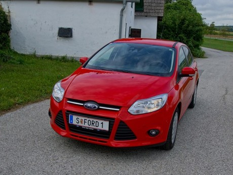 Ford focus 1 0 ecoboost 100 ps trend testbericht 012