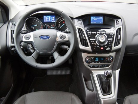 Ford focus 1 0 ecoboost 100 ps trend testbericht 028