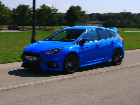 Ford focus rs 2 3 350 ps awd testbericht 009