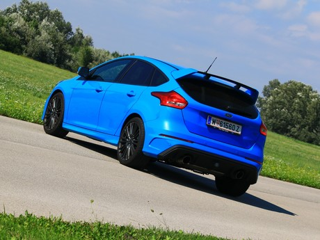 Ford focus rs 2 3 350 ps awd testbericht 013