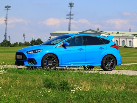 Ford focus rs 2 3 350 ps awd testbericht 019