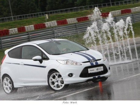 Tracktest: Ford Focus RS500 & Fiesta Sport+