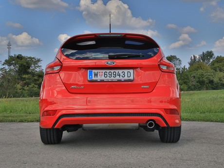 Ford focus st line 1 5 ecoboost 150 ps testbericht 009