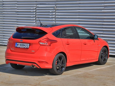 Ford focus st line 1 5 ecoboost 150 ps testbericht 011