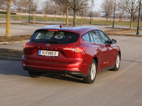 Ford focus traveller trend edition business 1 5 ecoblue 120 ps at testbericht 011