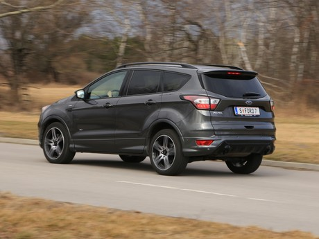 Ford kuga 2 0 tdci 150 ps at awd st line testbericht 009