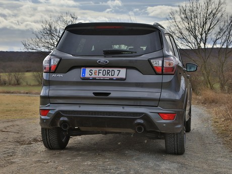 Ford kuga 2 0 tdci 150 ps at awd st line testbericht 012