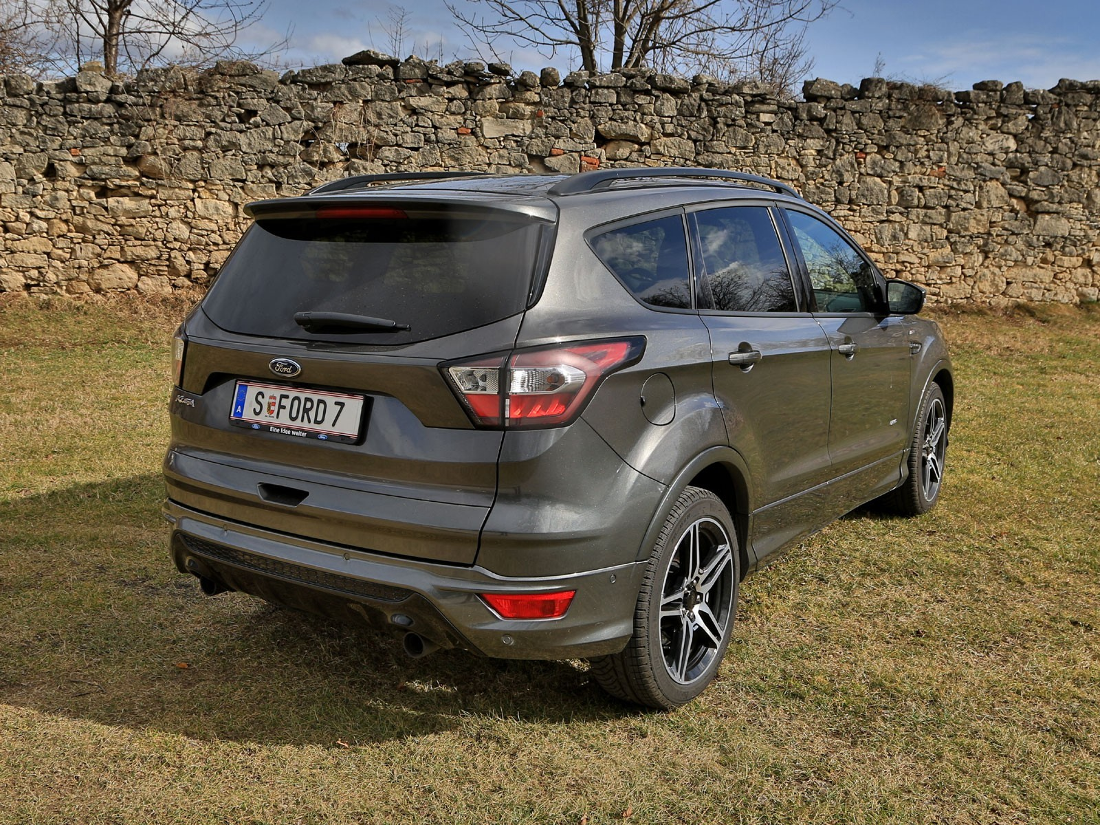 foto ford kuga 2 0 tdci 150 ps at awd st line testbericht. Black Bedroom Furniture Sets. Home Design Ideas