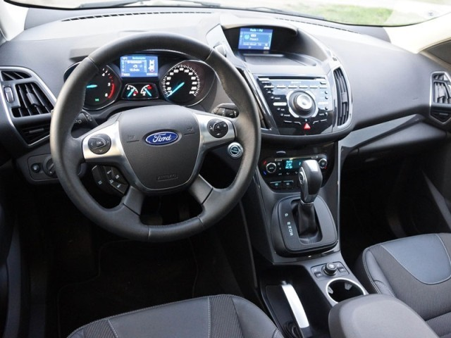 foto ford kuga 4x4 2 0 tdci 163 ps at titanium testbericht. Black Bedroom Furniture Sets. Home Design Ideas