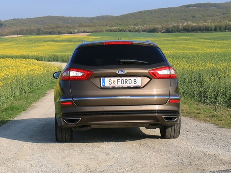 Ford mondeo vignale traveller 2 0 tdci at awd testbericht 019