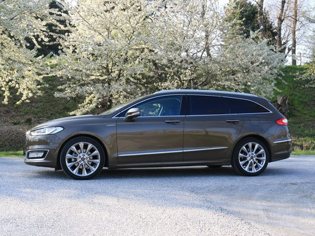 Ford mondeo vignale traveller 2 0 tdci at awd testbericht 021