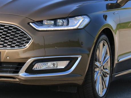 Ford mondeo vignale traveller 2 0 tdci at awd testbericht 025