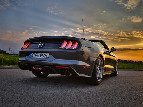 Ford mustang 5 0 v8 at cabrio testbericht 022