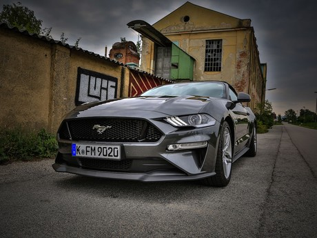 Ford mustang 5 0 v8 at cabrio testbericht 024