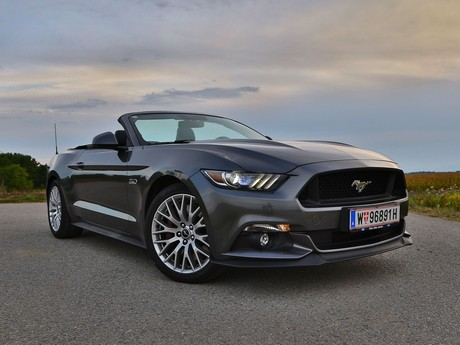 Ford mustang v8 at convertible testbericht 001
