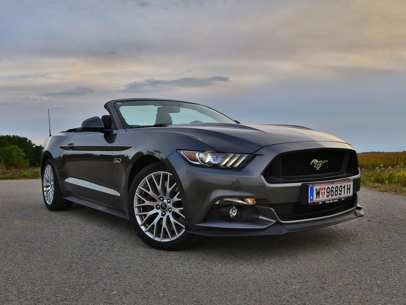 Ford mustang v8 at convertible testbericht 037