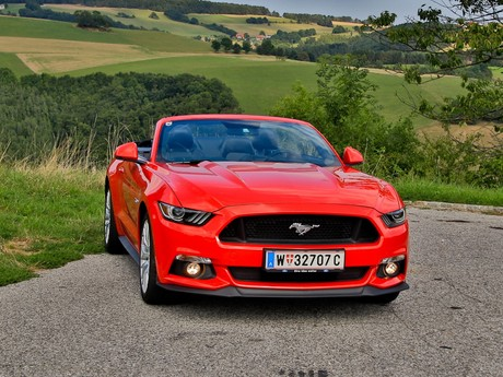 Ford mustang v8 at cabrio testbericht 001