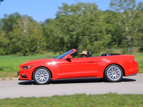 Ford mustang v8 at cabrio testbericht 009
