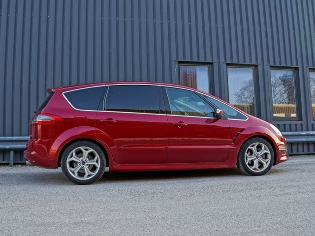 foto ford s max 2 0 ecoboost 240 ps at titanium s. Black Bedroom Furniture Sets. Home Design Ideas