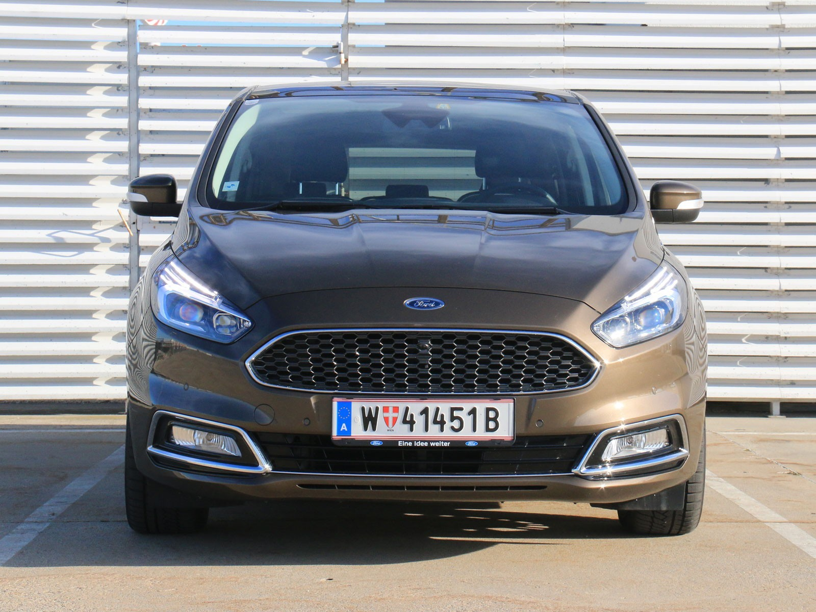 foto ford s max vignale 2 0 tdci 180 ps aut awd. Black Bedroom Furniture Sets. Home Design Ideas