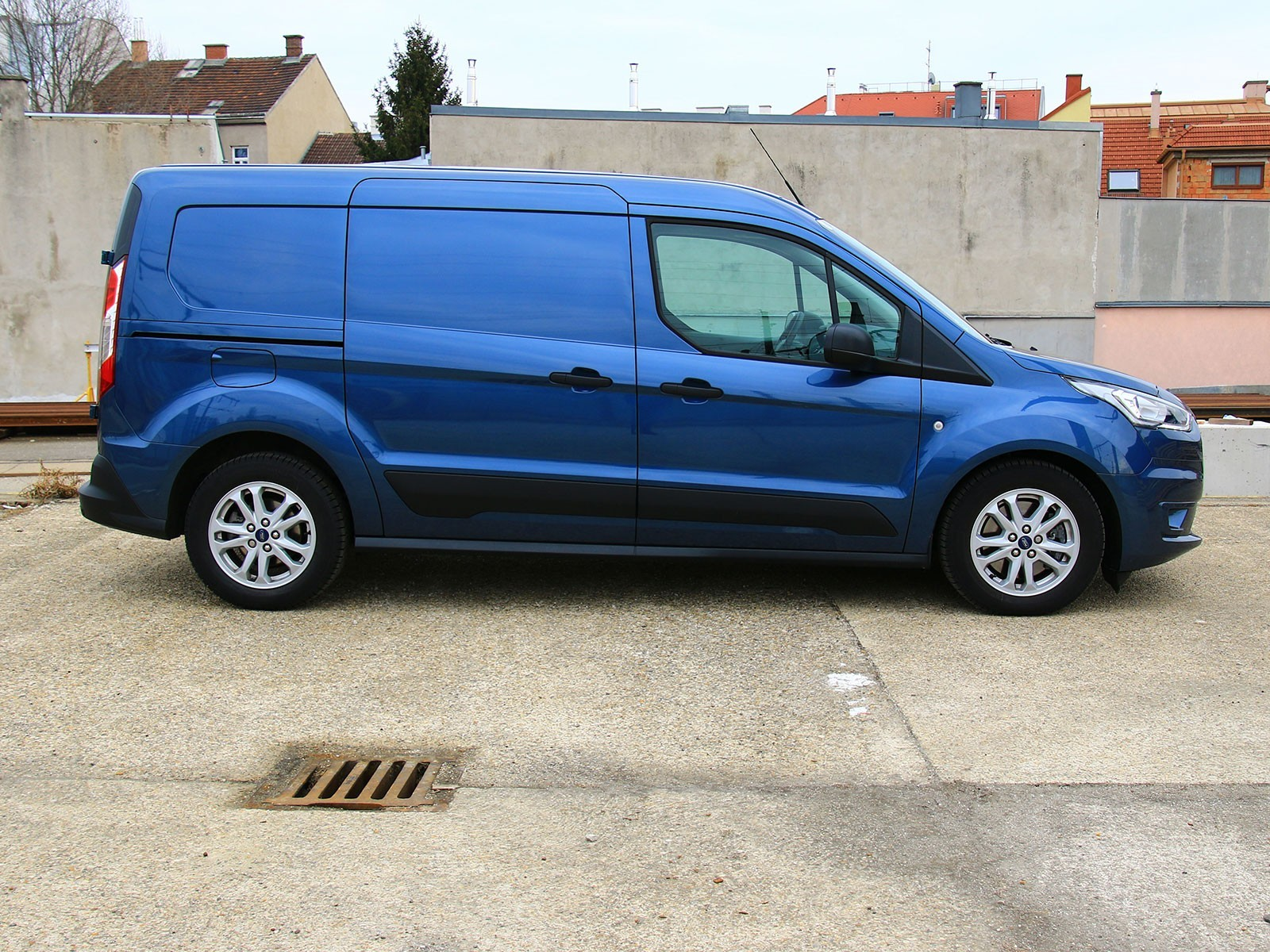 Ford transit connect 1 5 ecoblue at testbericht 003