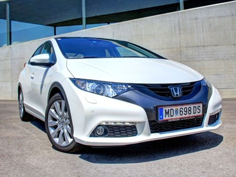 Honda civic 1 8 i vtec executive at testbericht 028