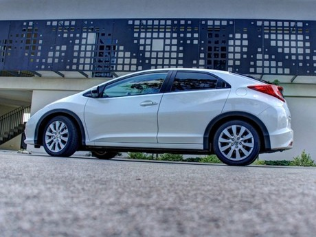 Honda civic 1 8 i vtec executive at testbericht 029