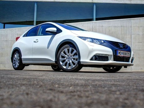 Honda civic 1 8 i vtec executive at testbericht 035