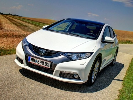 Honda civic 1 8 i vtec executive at testbericht 040