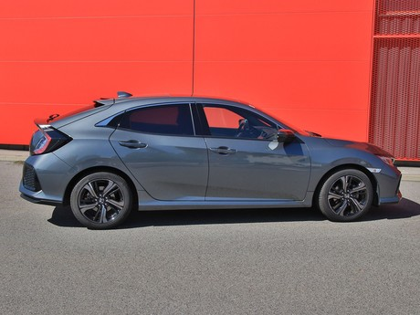 Honda civic 1 0 vtec turbo cvt executive testbericht 003