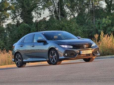 Honda civic 1 0 vtec turbo cvt executive testbericht 014