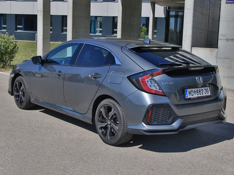 Honda civic 1 0 vtec turbo cvt executive testbericht 017
