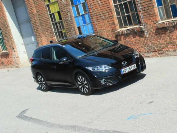 Honda Civic Tourer 1,6 i-DTEC Lifestyle Black Edition - Testbericht