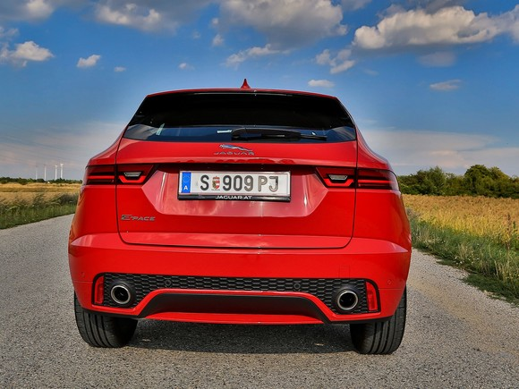 Jaguar e pace d180 awd at first edition testbericht 013