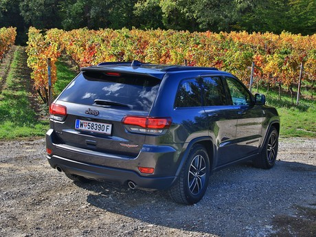 Jeep grand cherokee trailhawk 3 0 v6 crd at testbericht 002