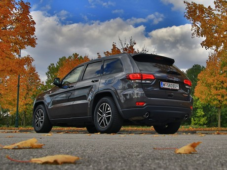 Jeep grand cherokee trailhawk 3 0 v6 crd at testbericht 009