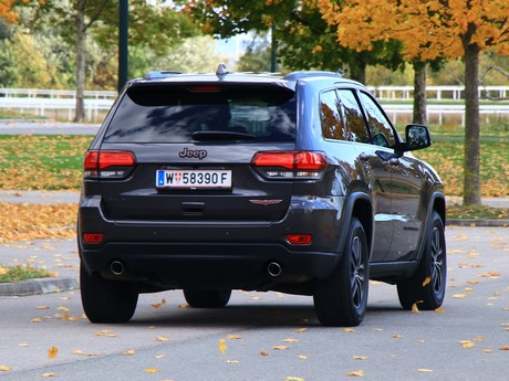 Jeep grand cherokee trailhawk 3 0 v6 crd at testbericht 011