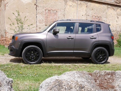 Jeep renegade night eagle 2 0 multijet ii 140 testbericht 012