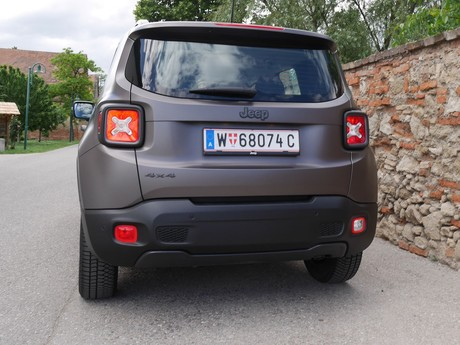 Jeep renegade night eagle 2 0 multijet ii 140 testbericht 013