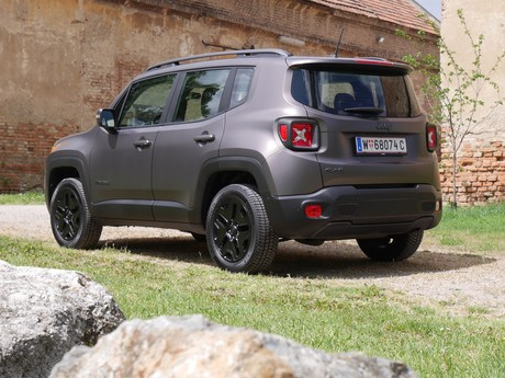 Jeep renegade night eagle 2 0 multijet ii 140 testbericht 027