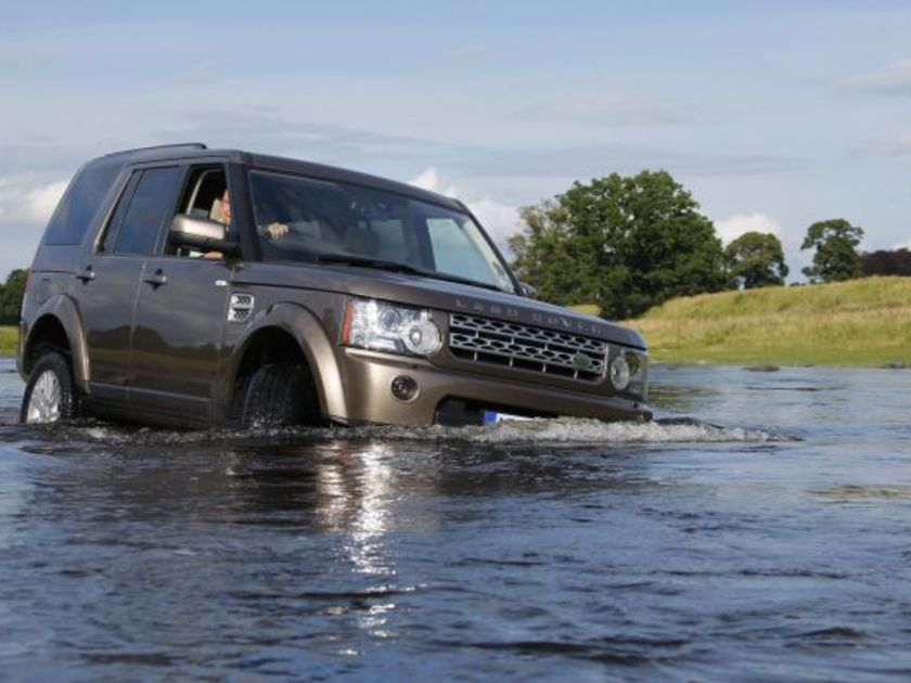 Land rover discovery 4 test action 1