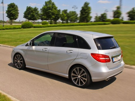 Mercedes b 180 blueefficiency testbericht 012