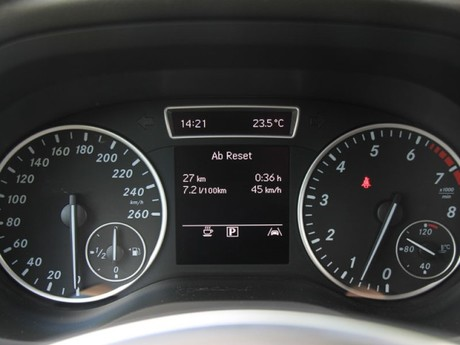 Mercedes b 180 blueefficiency testbericht 024