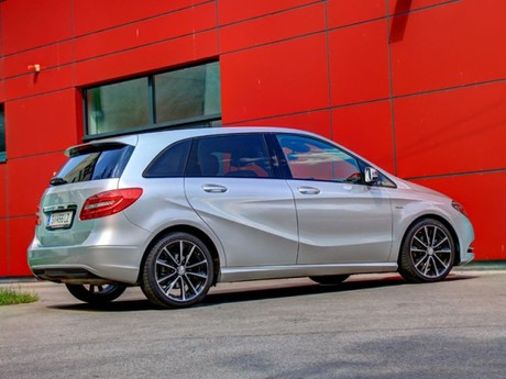 Mercedes b 180 blueefficiency testbericht 041