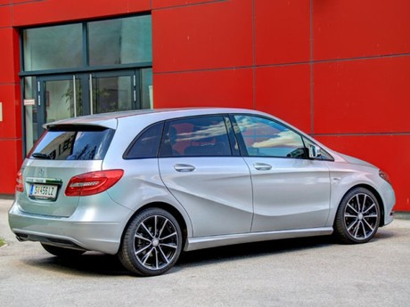 Mercedes b 180 blueefficiency testbericht 042