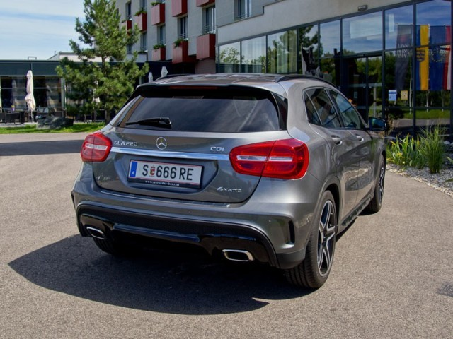 mercedes gla 220 cdi 4matic testbericht auto motor. Black Bedroom Furniture Sets. Home Design Ideas