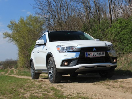 Mitsubishi asx 2 2 di d at 4wd instyle testbericht 001